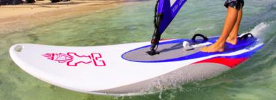Comment naviguer : le guide ultime du débutant pour la planche à voile